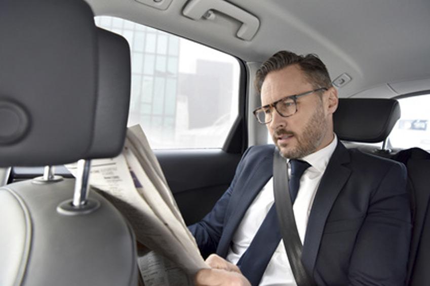 chauffeur de direction chauffeur privé VTC avec ou sans voiture