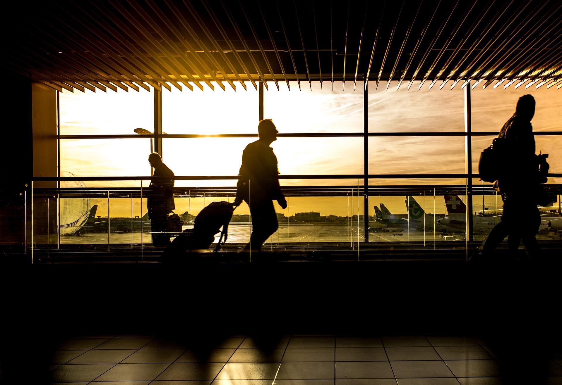 transfert aéroport transfert gare chauffeur privé VTC